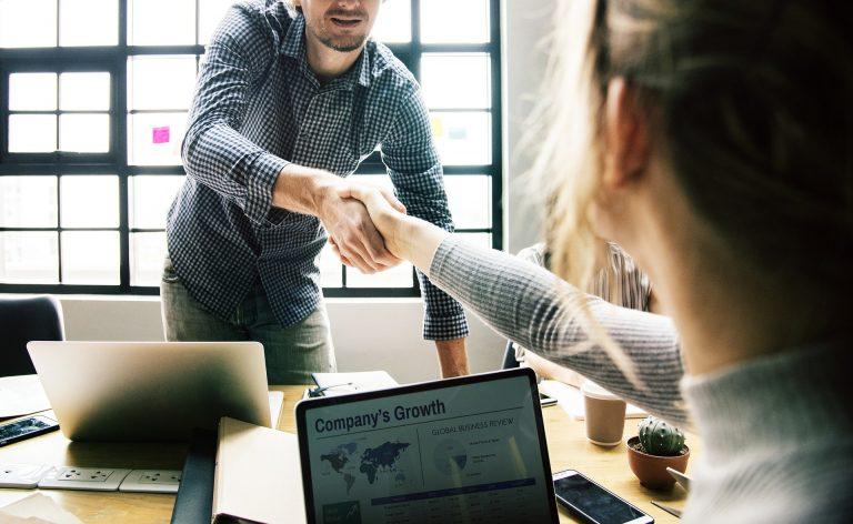 Leads de plano de saúde empresarial melhores argumentos de vendas para esse público 768x472