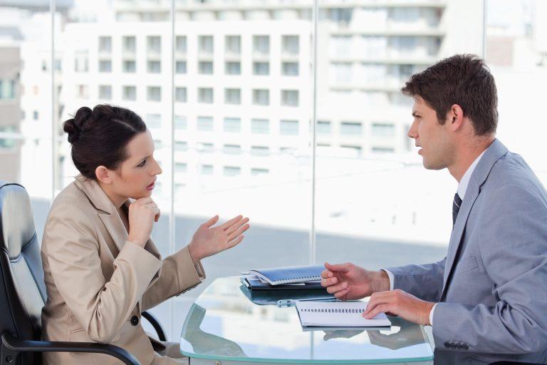 Objeções de vendas de leads de planos de saúde 768x512