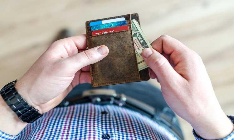 Vender plano de saúde dá dinheiro: Primeiros passos para trabalhar como corretor