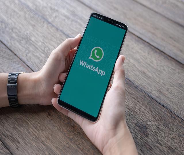 crie um grupo para vender plano de saude pelo whatsapp