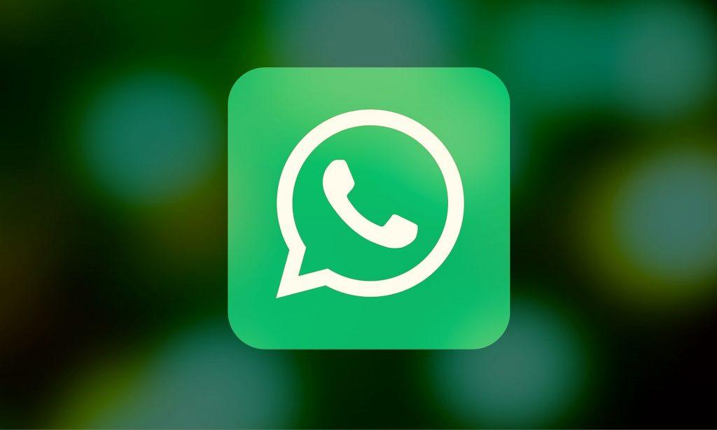 como abordar um cliente pelo whatsapp